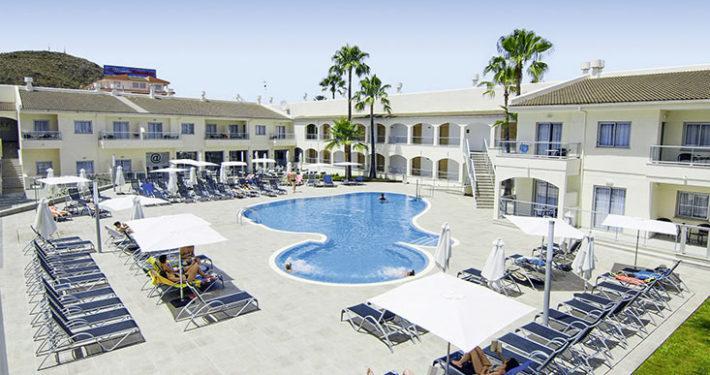 Designhotel trendhotel alcudia alcudia sunshine tours for Design hotel pauschalreise